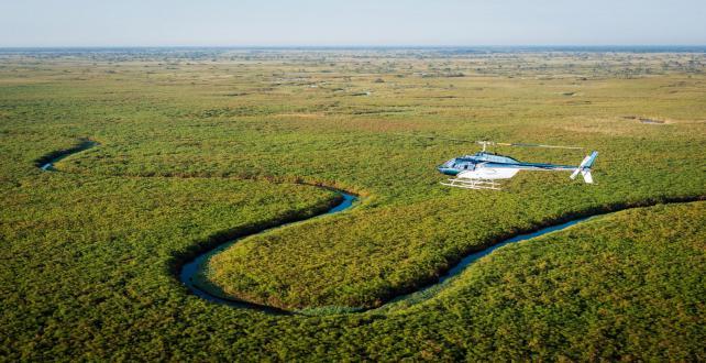 3 Nächte Flug Safari ins Okavango Delta auf die private Khwai Konze..
