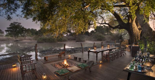 5 Tage / 4 Nächte Mana Pools National Park Flugsafari  ..
