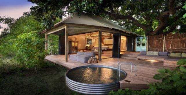 10 Tage Victoria Falls & Mana Pools Nationalpark Flugsafari..